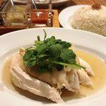⭐️クラーク ジャック パーラー シンガポール料理。11:45〜、木曜休み。ハイナンチキンライスとか。