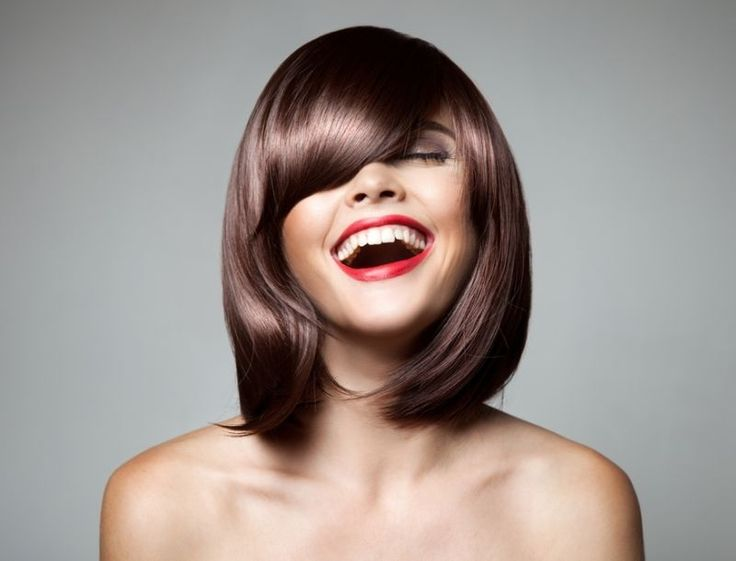 Πόσο συχνά θα πρέπει να κουρεύω τα μαλλιά μου; Τελικά πόσο συχνά θα πρέπει να ανανεώνουμε το κούρεμά μας;