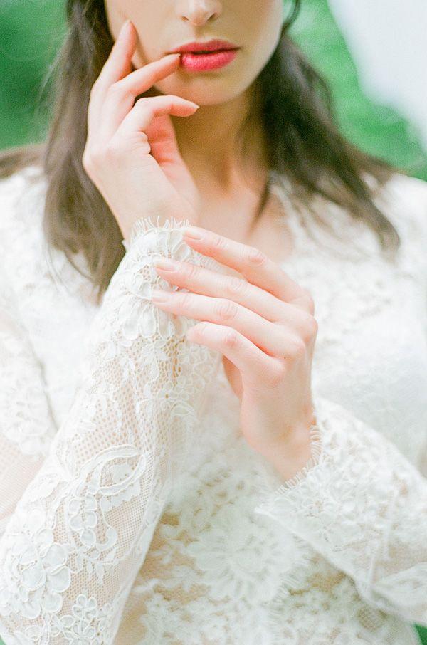 Lace Wedding Robe | Warmphoto | Sleeping Beauty - An Enchanted Bridal Morning