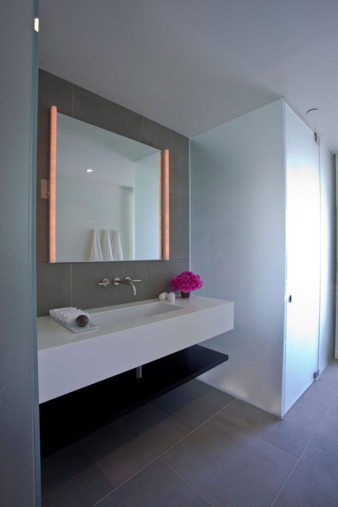 25 Best Ideas About Contemporary Bathroom Mirrors On Pinterest Contemporary Bathroom Sinks Contemporary Vanity And Lighting For Bathrooms