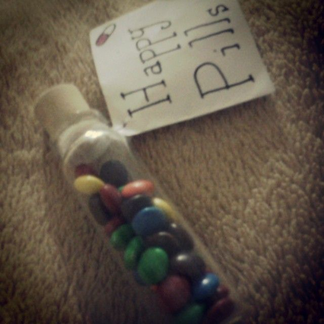 Valentine's Day DIY! Just an apothecary bottle, with a stopper on top and some m&m's inside! Be creative and make a tag for your love!