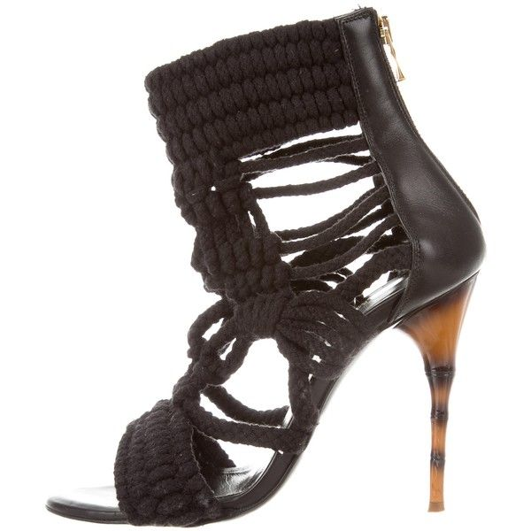 Pre-owned Balmain Crocheted Zip-Up Sandals (€395) ❤ liked on Polyvore featuring shoes, sandals, black, balmain sandals, zipper shoes, pre owned shoes, crochet shoes and zip shoes