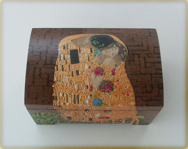Wooden Box, Wooden Crates, Wooden Storage Boxes, Wooden Keepsake Box, Memory Box, Keepsake Box, KISS, KLIMT