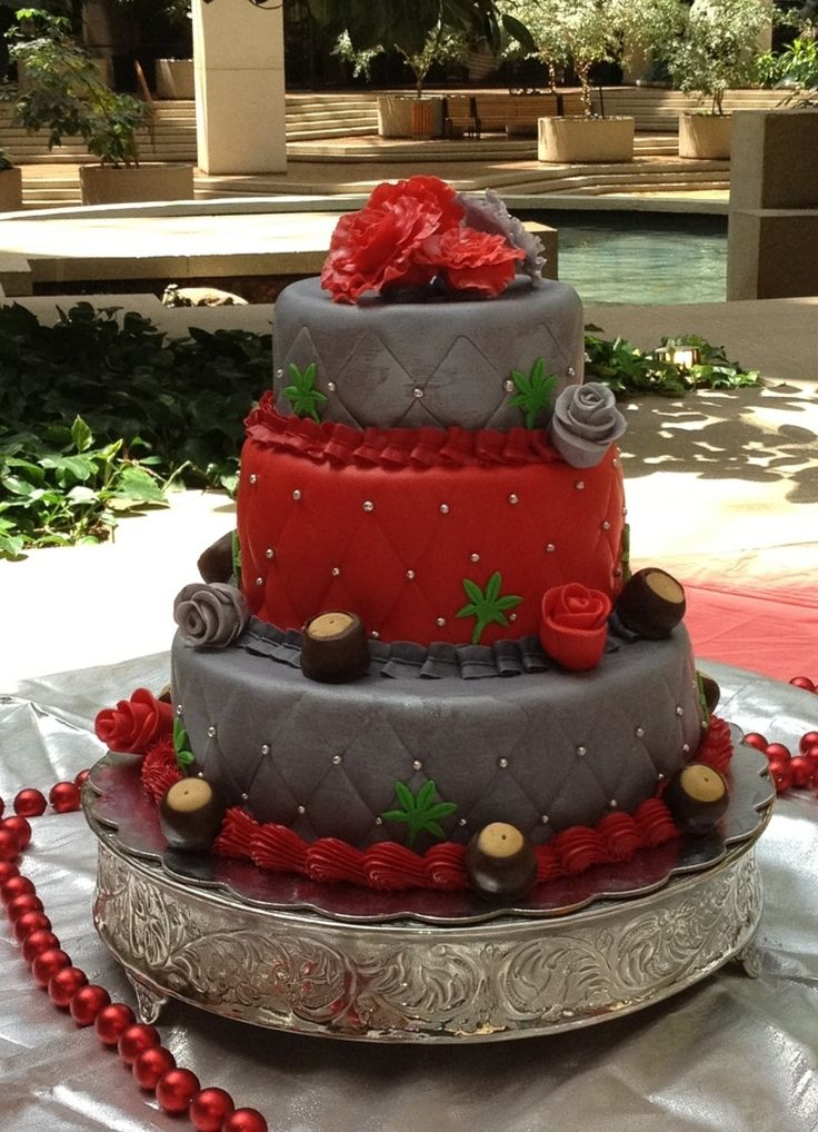 Ohio State Big Ass Birthday Cake (okay so it's a wedding cake, but i already had a wedding... so...)