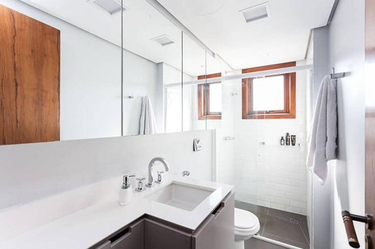 Projekty, Minimalistyczny Łazienka zaprojektowane przez Ateliê 7 arquitetura e…