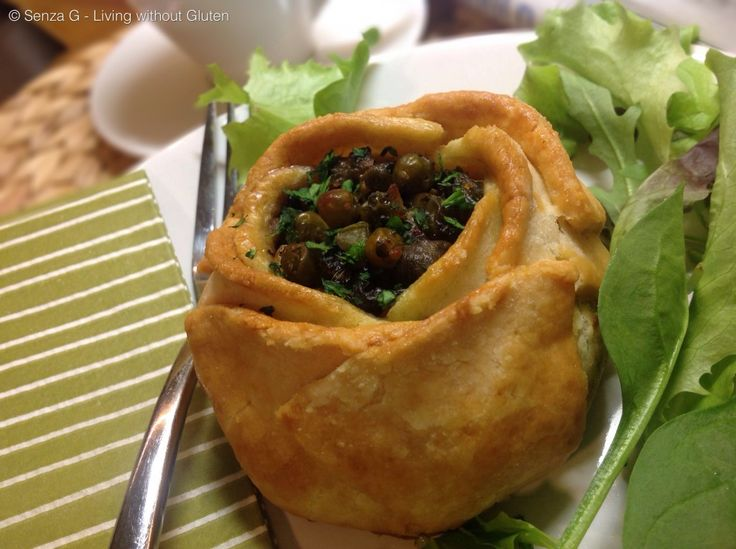 Qassatat (with spinach & anchovy filling)