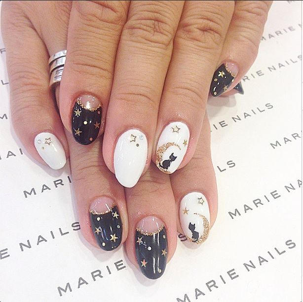 Marie Nails - Halloween Stars, Moon, and Cat Nails | Nail Art ...