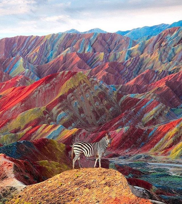 The Rainbow Mountains in Cusco, Peru are so stunning! Photo by @nois7