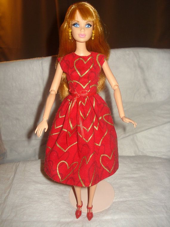 valentine's day red dress meaning