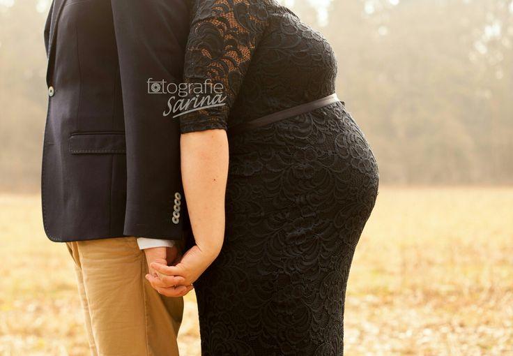 Pregnant, pregnancy shoot. Zwangerschap. In verwachting. Photo idea.