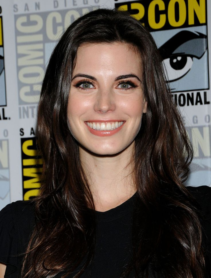 Meghan Ory | MEGHAN ORY at the Once Upon a Time Press Conference at Comic-Con