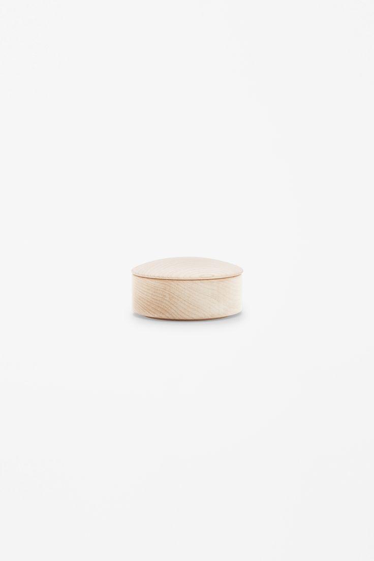 COS × HAY wishlist | Small maple lens box