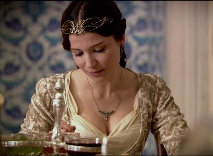 "Hatice Sultan - Magnificent Century - ""Desperate Measures"" Season 1, Episode 21"