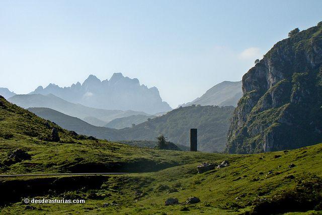 Rutas por los Picos de Europa [Rutas por Asturias] Más info http://www.desdeasturias.com/picos-de-europa/