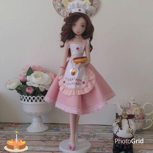 Kekler börekler pişti..tüm dostlara ikramımızdır #cake#cakes#cupcake#kek#pasta#donut#mutfak#kitchen#cook#chef#mutfakdekor#kitchendesign#kisiyeozel#kisiyeozeltasarim#tasarim#dollart#bezbebek#clothdoll#handmadedoll#doll#fabricdoll#craftdoll#dekor#tilda#tildadoll#handmadewithlove#elyapimi#elemegi#hobby#hediye