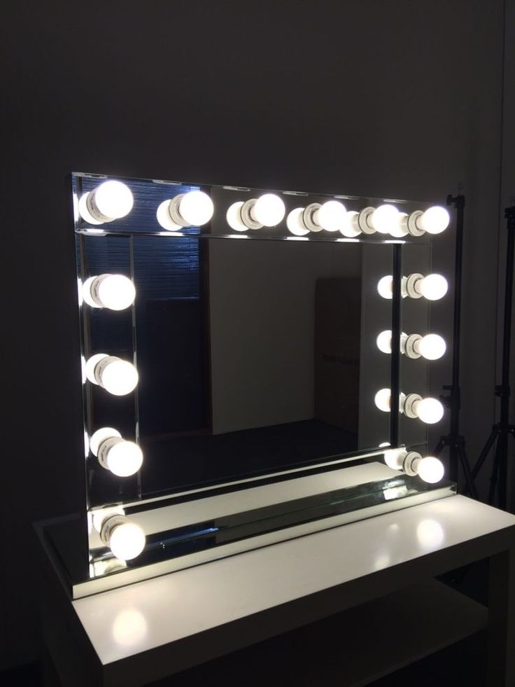 Hollywood Makeup Mirror with lights  Vanity Make Up Beauty Mirror  Mirrored  edge. Best 25  Hollywood makeup mirror ideas on Pinterest   Hollywood