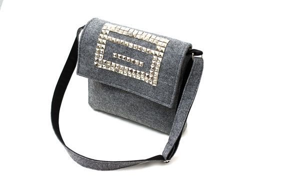 Gray messenger made from rigid felt with brads. Handmade by Anardeko