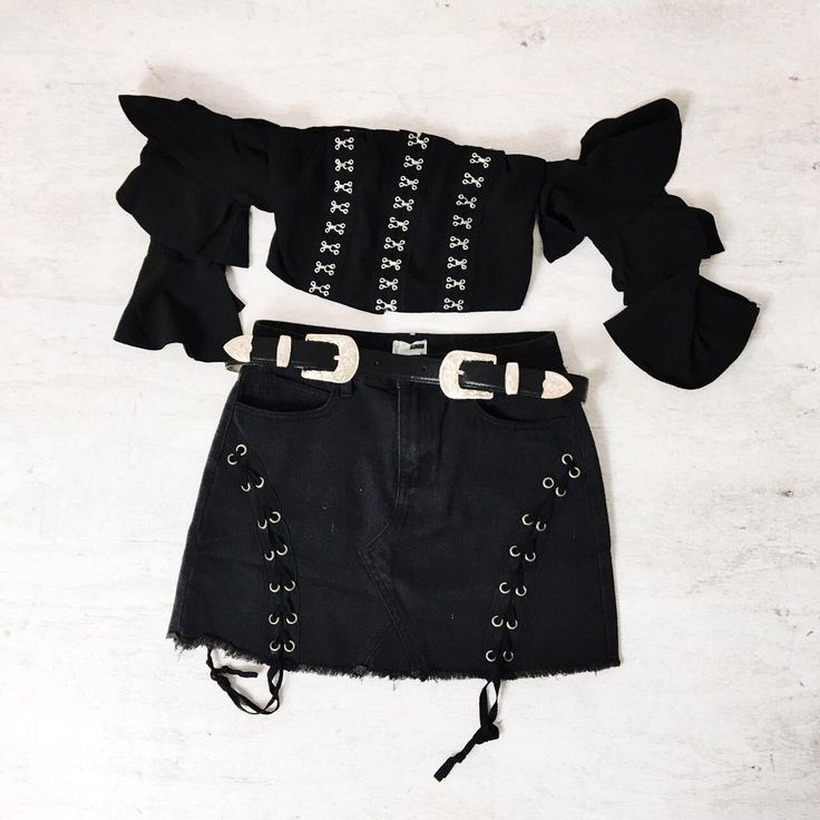 """STELLY  need this outfit for a festival! ✨ Shop the """"Achy Breaky Heart Crop"""" paired with the """"Loving Life Skirt"""" and styled with the """"Colby Double Buckle Belt"""" now via https://stelly.com.au/v3qDU2 https://stelly.com.au/yVrtwo https://stelly.com.au/G7FchP https://stelly.com.au/lZUtME"""