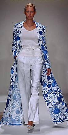 Модель pp-208: летнее пальто Bill Blass