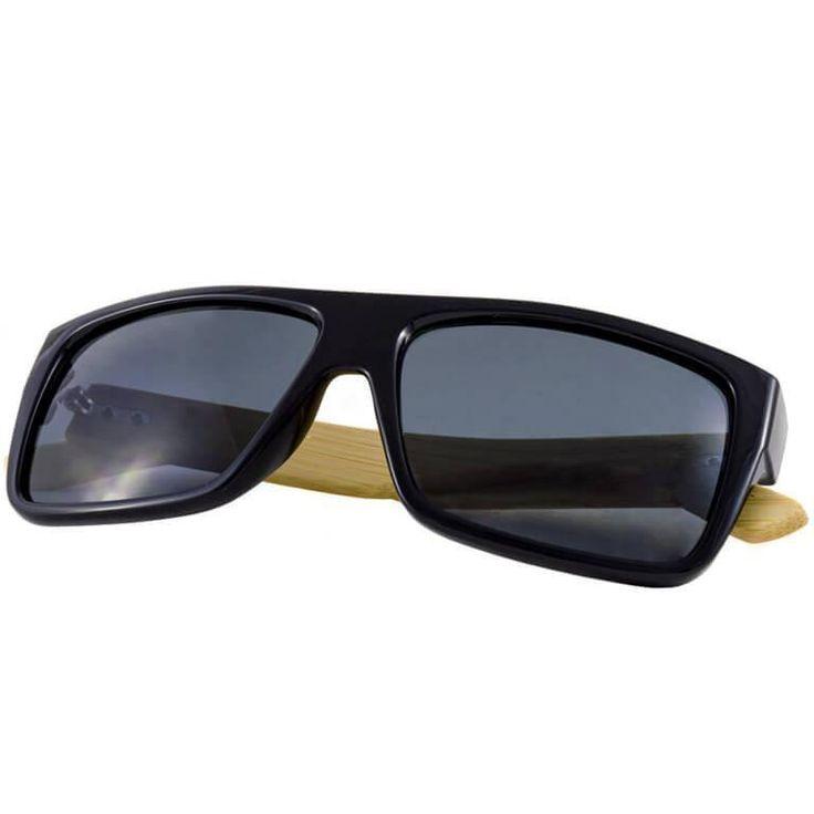 Ανακάλυψε τα κομψά γυαλιά ηλίου που έχουμε για σένα. Μοναδικά ξύλινα γυαλιά ηλίου, με βραχίονες από φυσικό bamboo, που θα ολοκληρώσουν τo καθημερινό σου outfit!