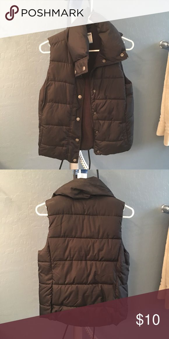 Old Navy puffer vest. Old Navy fleece lined puffer vest. Worn a couple times. Old Navy Jackets & Coats Vests