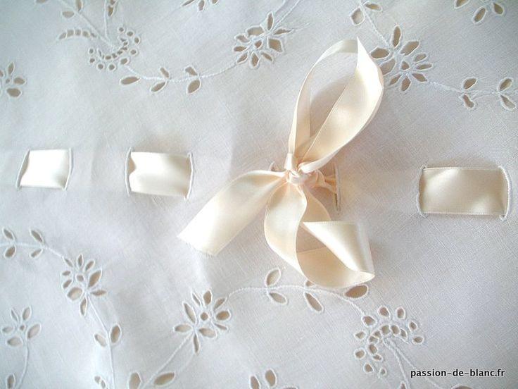 les 25 meilleures id 233 es concernant 201 dredons blancs sur chambre 224 233 dredon blanc lit