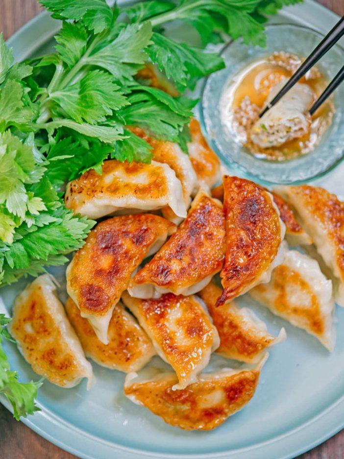 鶏むね肉を使っているのでヘルシー! 何個でも食べられそう。|『ELLE gourmet(エル・グルメ)』はおしゃれで簡単なレシピが満載!