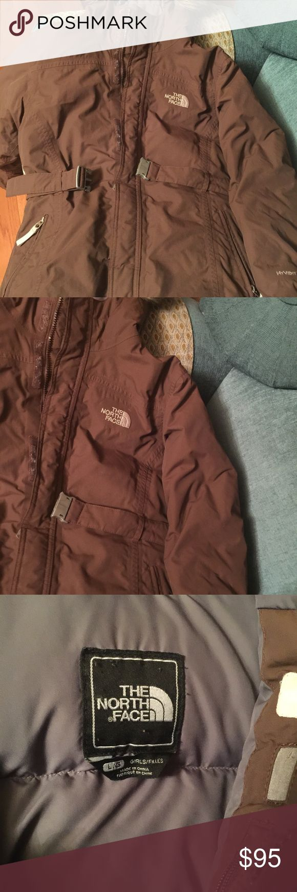 Authentic North face jacket Girls north face jacket purchased at Macy's North Face Jackets & Coats Puffers