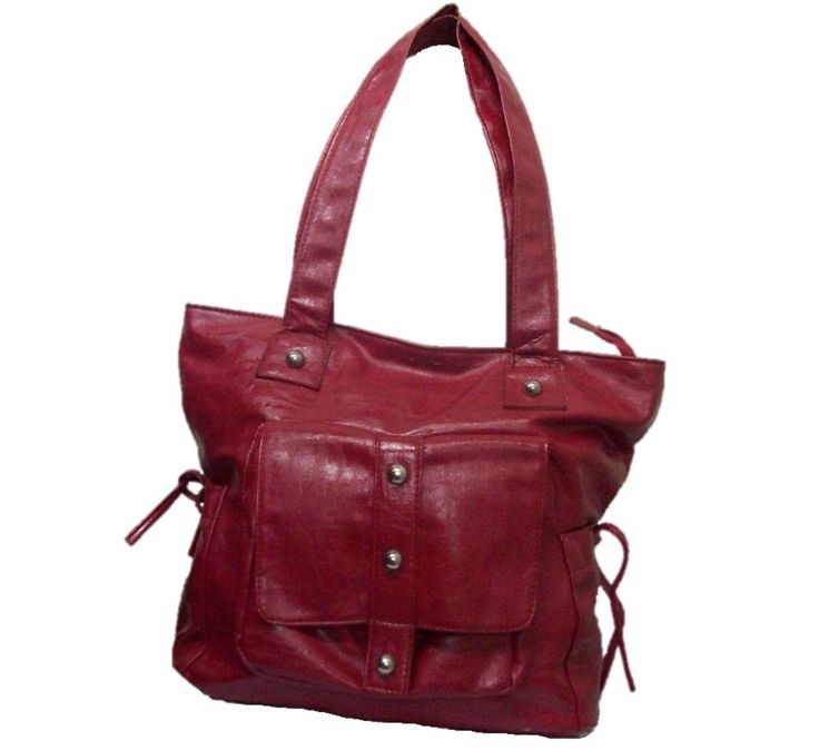HANDBAGS MADE OF 100% LEATHER IN DIFFERENT DESIGNS AND COLORS.