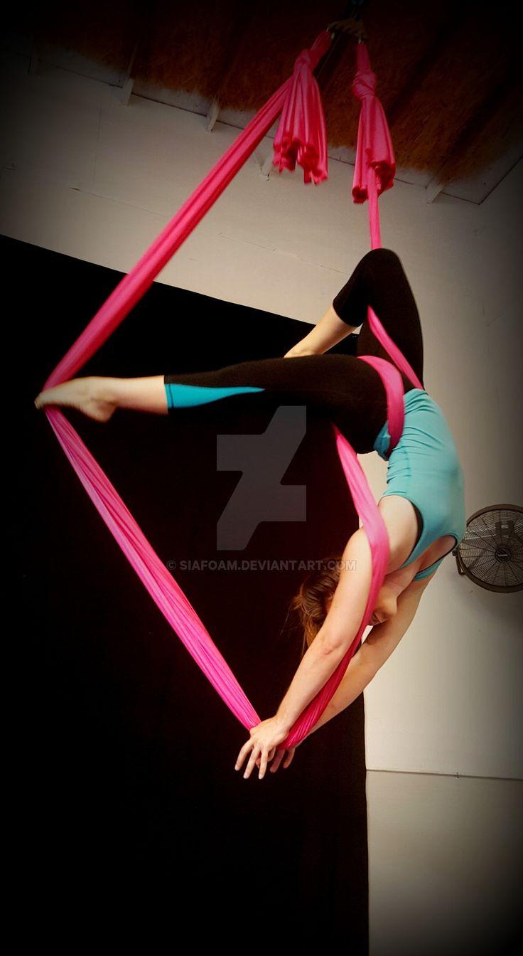 windsurfer_handstand_aerial_hammock_by_siafoam-d920zvc.jpg (900×1644)
