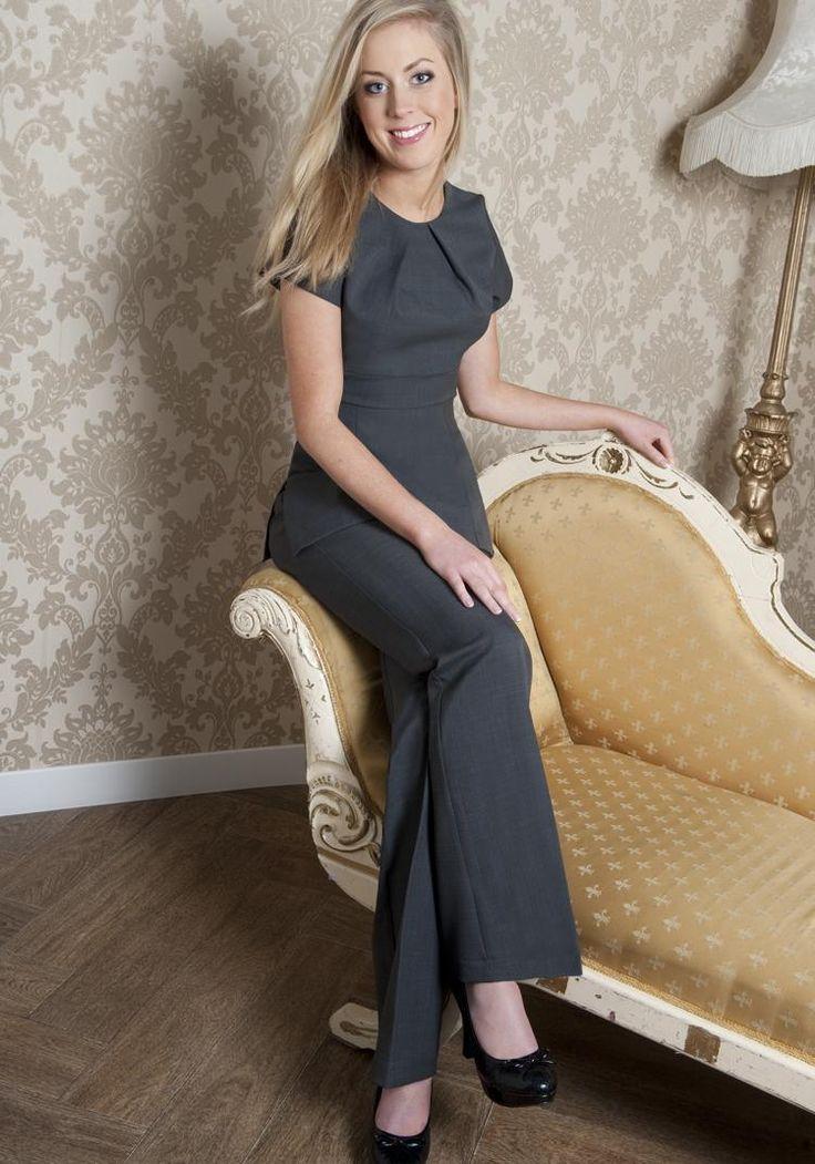 25 best ideas about spa uniform on pinterest salon wear for Uniform for spa receptionist