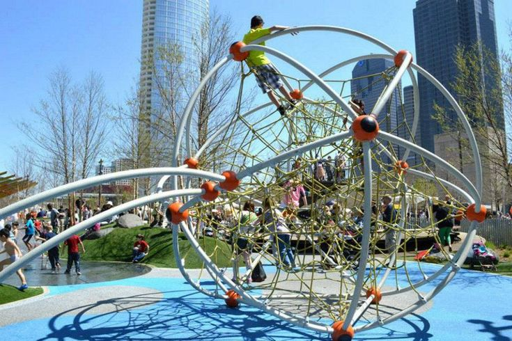Klyde Warren Park: Dallas Attractions Review - 10Best Experts and Tourist Reviews