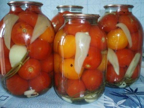 Маринованные помидоры – классика заготовок / Простые рецепты