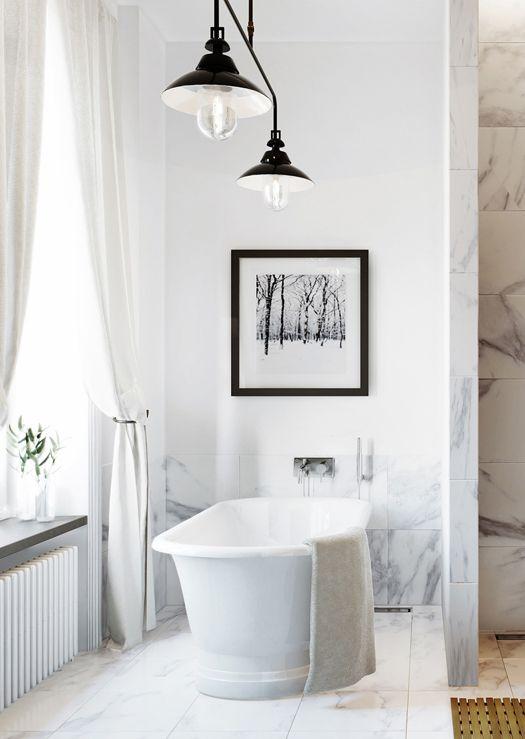 badrum, fristående badkar, klassiskt, sekelskifte, carrara marmor, vitt, taklampa