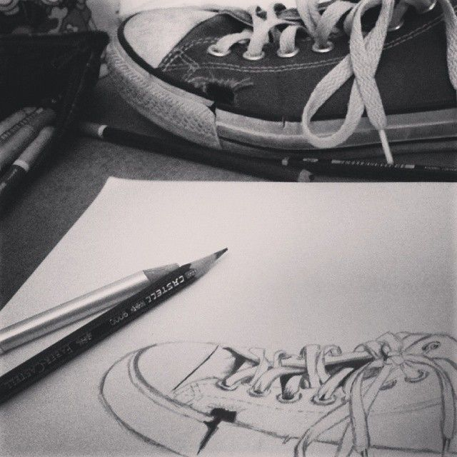 #drawing #skech #art #inprogress #converse #allstar #shoe #pencil #instaart #blackandwhite #creative_moment #intadraw