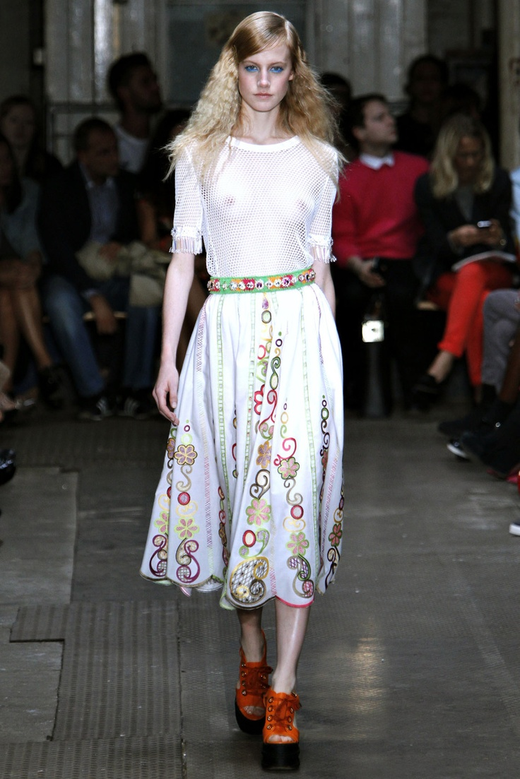 24 Best Fd1a2 Tang Ying Task 1 Images On Pinterest Fashion Show Walkway And Fashion Spring