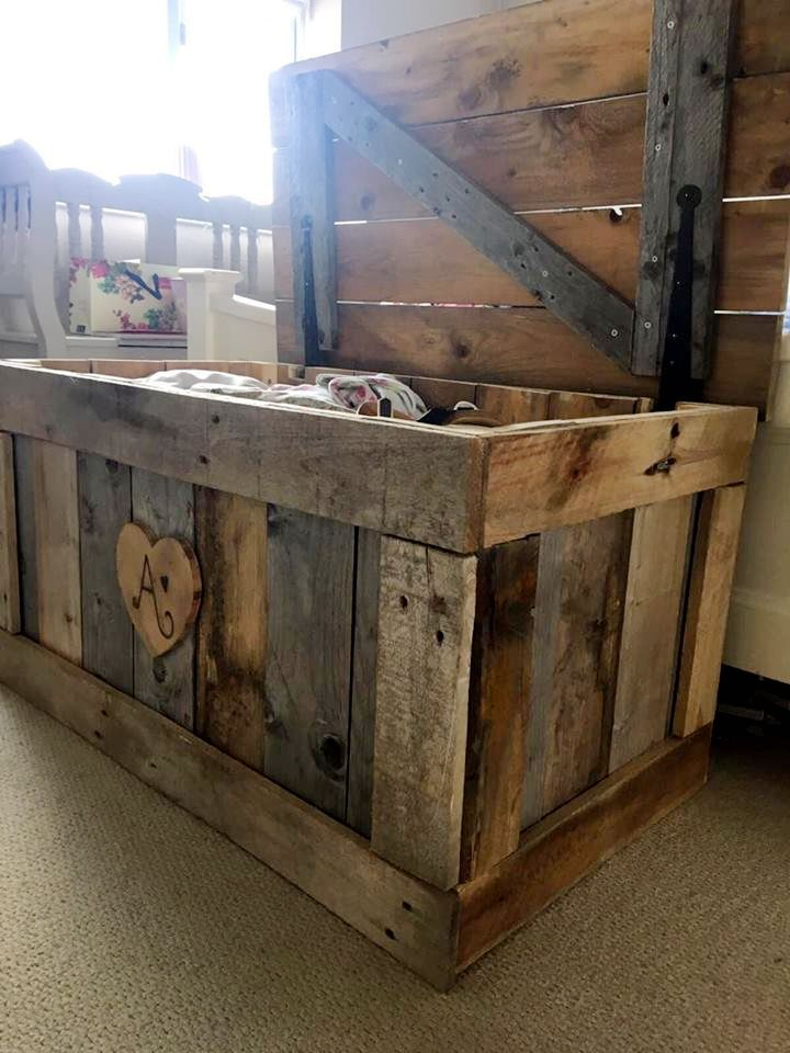 handcrafted wooden pallet chest