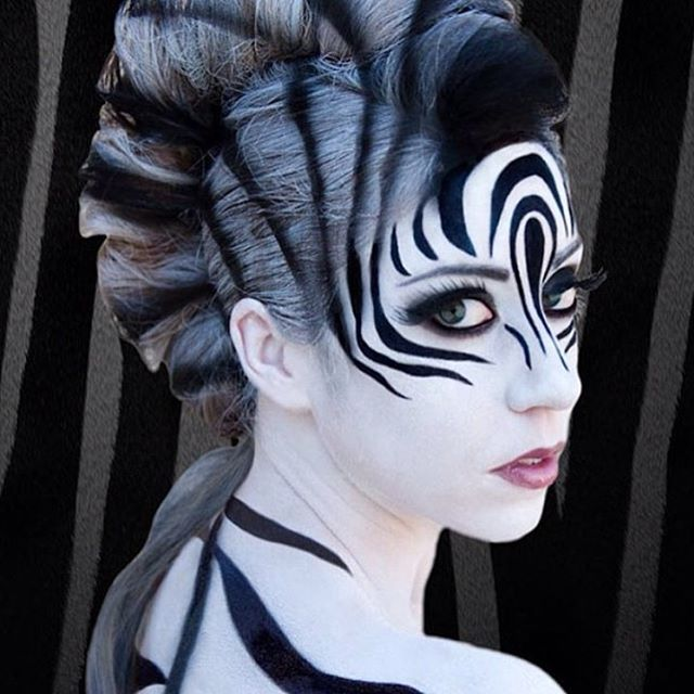Wow! Amazing zebra costume!! @littleredwarrior1d #halloweenparty