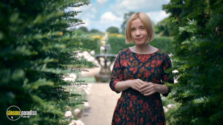 A stroll in the Gardens of Chateau Worslé for the Divine Dr Lucy Worsley.