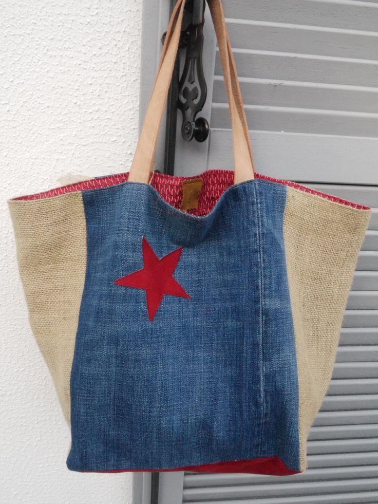 cabas réalisé avec une toile de jean et une toile de sac à café recyclés modèle unique réversible