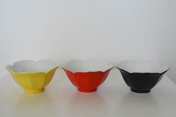 Lotus Bowl Set  So many usesFilling Mine, Dreams Kitchens, Gift Ideas, Bowls Sets, Chefs Dreams, Brilliant Ideas, Fries Rice Thinking, Kitchens Gadgets, Dinner Sets