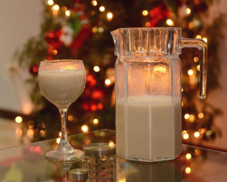 De las cosas que más disfrutamos de la época navideña es la comida especial, las reuniones y las fiestas, así que no hay que luchar contra los antojos si no más bien hacerlos nosotros mismos y con …