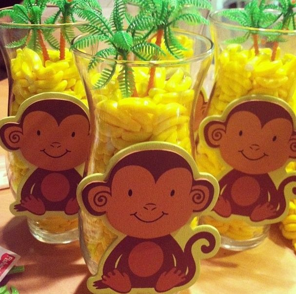 Jungle baby shower party favors jakob 39 s baby shower for Baby shower safari decoration