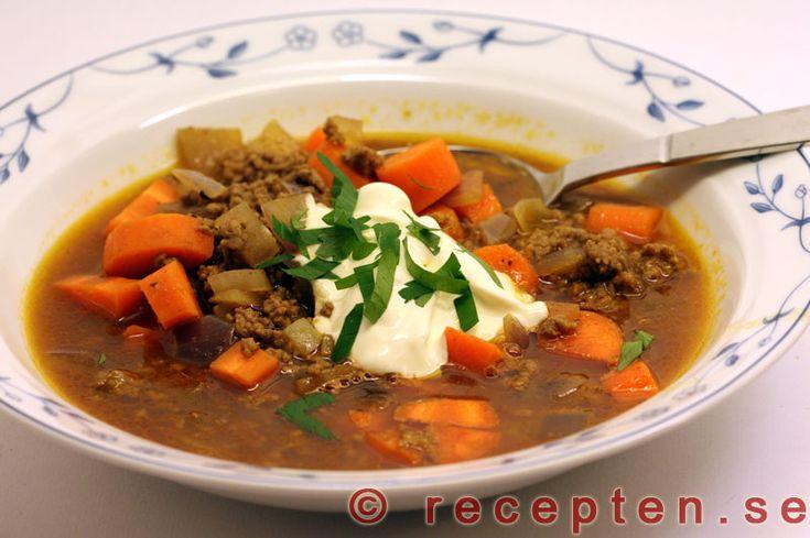 Lammfärssoppa - Recept på lammfärssoppa. LCHF-recept och lågt GI. Mycket god och enkel soppa med indisk kryddning.