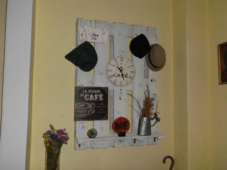 recycelte paletten | ... recycelten Holzpalette gemachtMobel aus Paletten | Mobel aus Paletten
