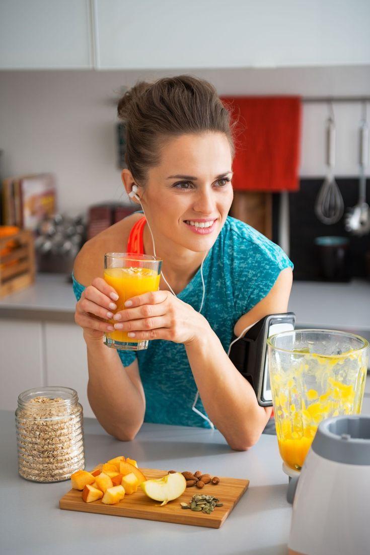 A rendszeres testmozgás és a helyes táplálkozás kiegészíti egymás. Egyik nélkül aligha lesz hatékony a másik, ha komolyan gondolod az egészséges életmódot.