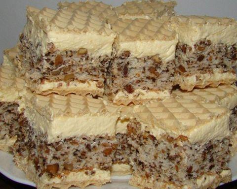 American Cheesecake este o prajitura americana cu branza, o reteta cunoscuta in toata lumea. Este foarte usor de preparat si cu o savoare deosebita, se poate constitui in desertul ideal, mai cu seama atunci cand va grabiti si nu aveti prea mult timp sa pregatiti ceva mai complicat.Ingrediente:40