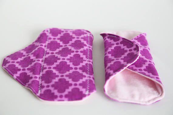 2 Cloth Pads Light/ Reg/ or Heavy 7 Antibacterial