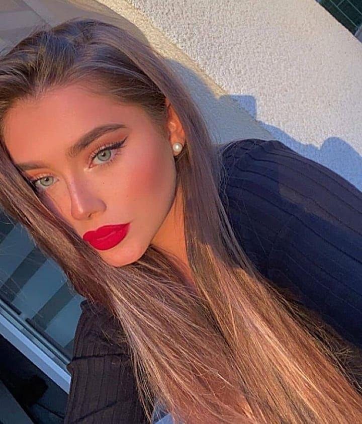Please Make Sure To Follow Us On Tik Tok Link In Bio Beauty Latina Beauty Beautiful Face