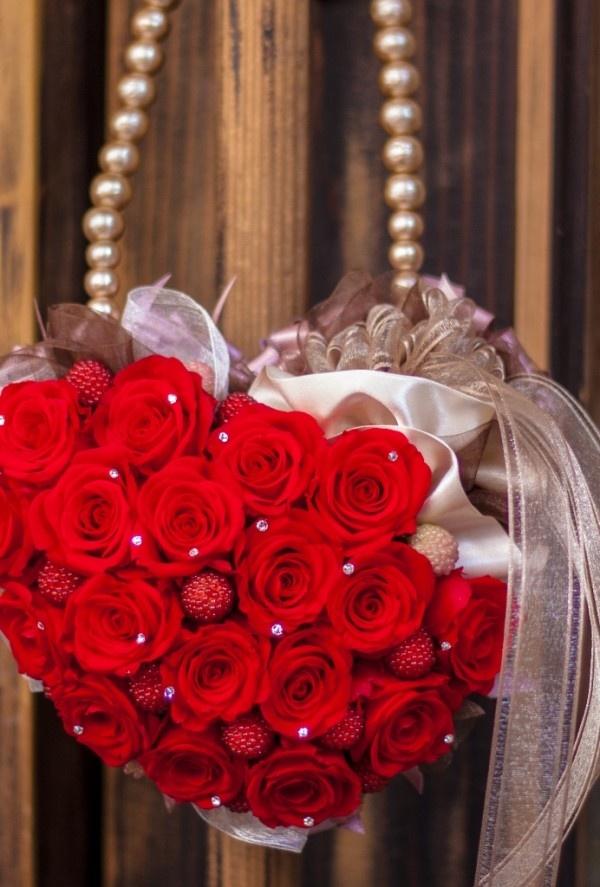 #lovelyred preserved flower bouquet